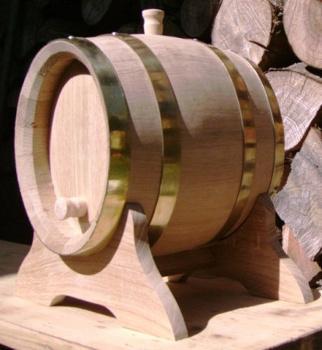 Dubový oválný soudek na víno o objemu 5 l