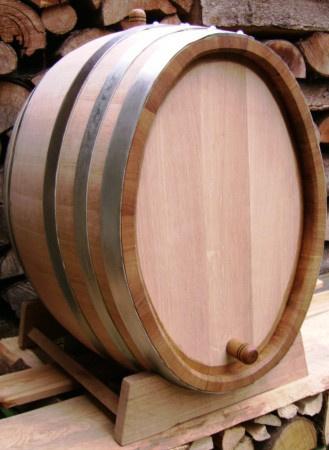 Dubový oválný sud na zrání vína o objemu 100 l