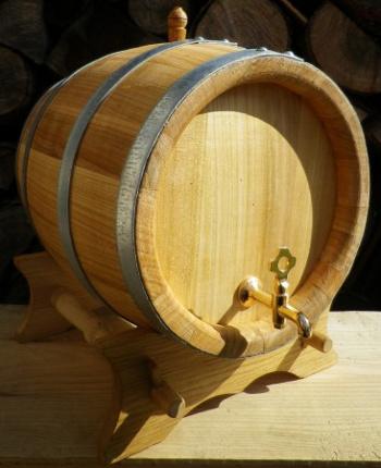 Třešňový soudek na zrání alkoholu o objemu 10 l